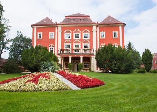 3 Tage für 2 Personen im Chateau Resort Detenice für 49,99 Euro