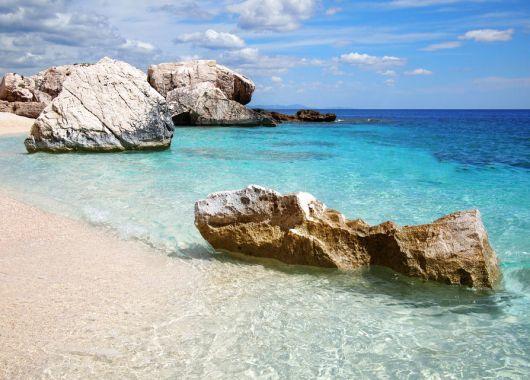 Apulien: 7 Tage im 4*Hotel inkl. Flug und Frühstück im Juni/Juli ab 361€