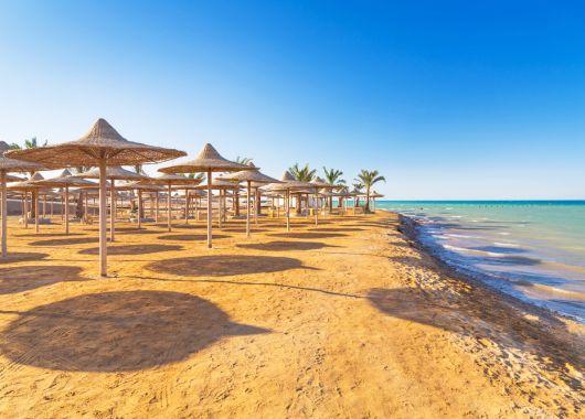 Last Minute nach Hurghada: 10 Tage im Hilton Resort inkl. Flug, Transfer und All In ab 376€