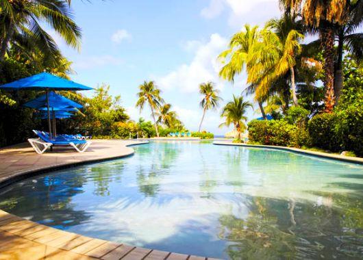 Curacao: 8, 11 oder 15 Tage im 4* Hotel mit Flügen, Frühstück oder HP und Massage ab 1.089€