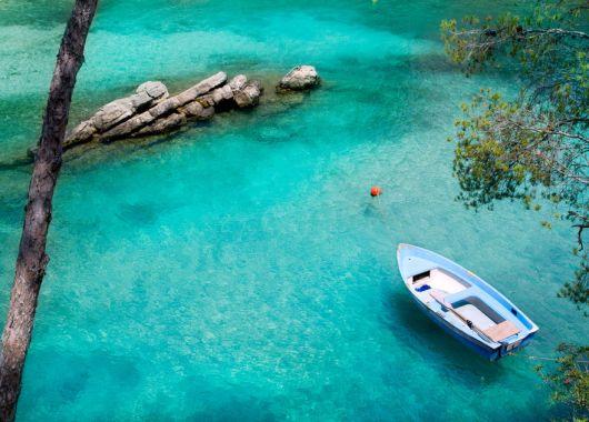 7 Tage Cala Ratjada im Mai – inkl. 4* Hotel mit Halbpension, Flüge, Transfers und Zug zum Flugfür 259€