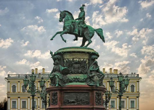 Hotel.de: 4-Sterne Hotel in St. Petersburg für 30 Euro pro Person