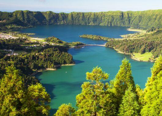 Günstige Flüge auf die Azoren: Hin- und Rückflug mit airberlin ab 181€ (ab Düsseldorf)
