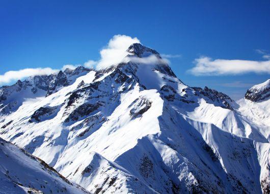 Skiurlaub in der Schweiz im Sporthotel St. Moritz: 4 Tage inkl. Halbpension, Leihski und Skiguiding ab 179 Euro pro Person