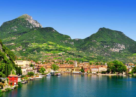 Kurzurlaub Gardasee – 4 Tage im 3*Hotel mit Halbpension und Parkplatz für 139€