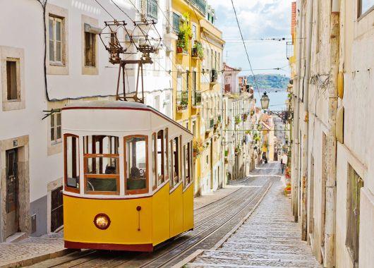 Städtereise Lissabon: 3 bis 5 Tage im 3*Hotel mit Frühstück und Flügen ab 149€