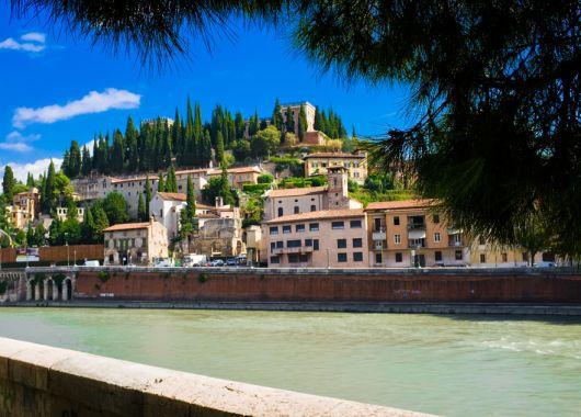 5 Tage Verona im Frühling – 4* Hotel und Flug ab Köln für 312€
