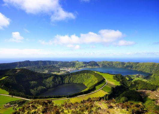 1 Woche Azoren im Dezember: 4* Hotel inkl. Frühstück, Flug & Transfer ab 413€