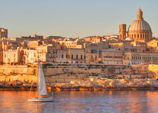Malta: 1 Woche im 3* Hotel inkl. Flug, Transfer und Halbpension ab 265€