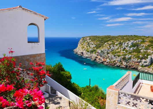 Menorca: 7 Tage All Inclusive im 3* Hotel inkl. Flügen, Transfers und Rail & Fly ab 343€