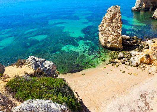Algarve im Frühsommer: 1 Woche im sehr guten 4*Aparthotel inkl. Flüge und Transfer ab nur 196€ p.P.