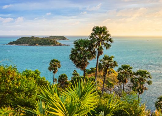 13 Tage Phuket im Oktober: 4* Hotel mit Frühstück, Flug und Transfer ab 677€