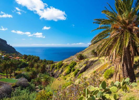 1 Woche La Gomera im September: 3* Apartment, Flug und Transfer ab 492€