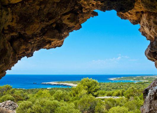 1 Woche Menorca im Oktober: 4* Erwachsenenhotel inkl. Halbpension, Flug und Transfer ab 413€