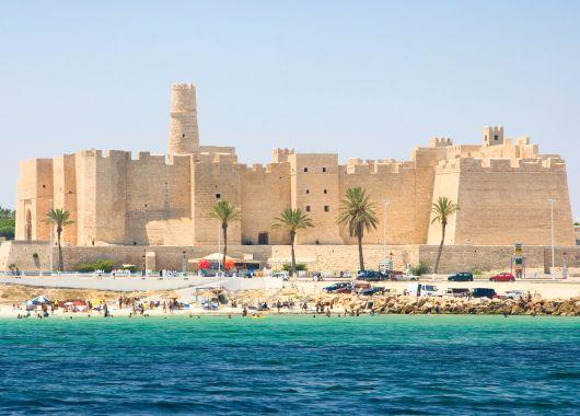 Tunesien im Juni: 1 Woche All Inclusive im 4* Hotel inkl. Flug und Transfer ab 285€