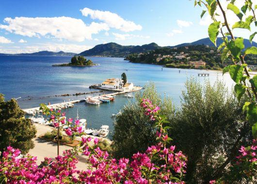 Korfu – 7 Tage im 4*Hotel mit Flügen, Transfers, All Inclusive Verpflegung und Rail&Fly für 378€