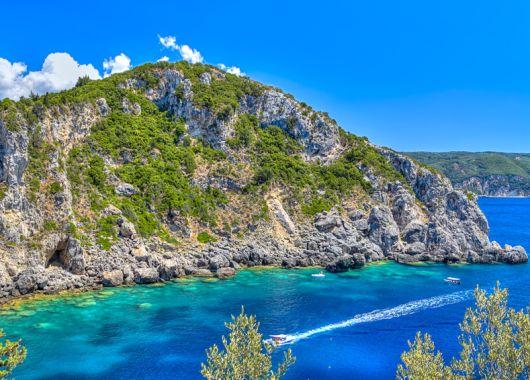Korfu: 1 Woche im 4* Hotel inkl. Flug, Transfer, Rail&Fly und All Inclusive ab 388€