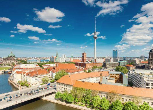 Berlin: 4 Tage im 3* Hotel inkl. Flug und Frühstück ab 175€ pro Person