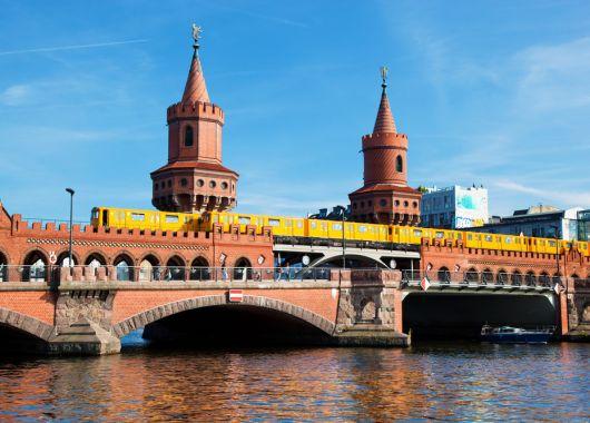 Berlin: 4 Tage im sehr guten 3* Hotel inkl. Flug und Frühstück ab 188€ pro Person