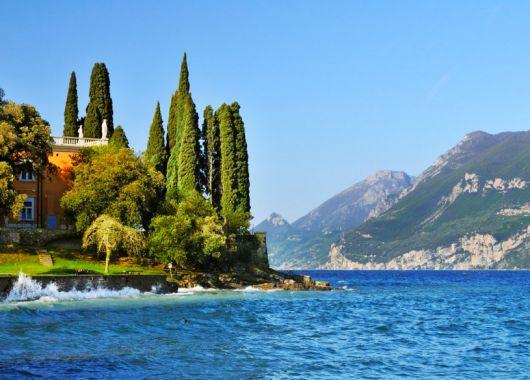 Gardasee – 4 bis 8 Tage im 4*Hotel inkl. Halbpension und Eintritt in den Parco Natura Viva für 119€