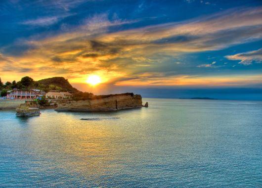1 Woche Korfu im Mai: 4* Hotel All Inclusive, Flug, Transfer und Rail&Fly ab 479€