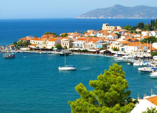 Last Minute nach Samos: 1 Woche ins tolle 3*Hotel mit Flügen, Transfers, Rail&Fly und Halbpension für 361€