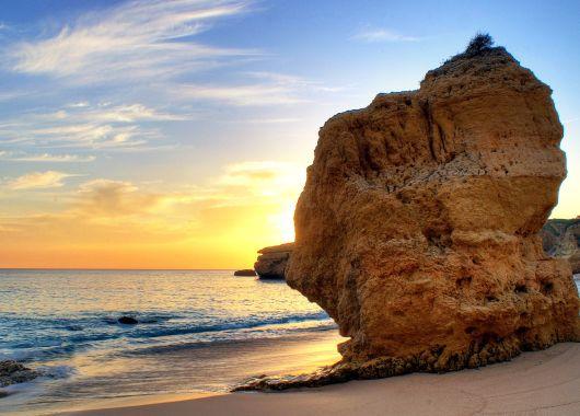 Algarve: 1 Woche im 3*Hotel mit Flügen, Transfers und Frühstück ab 218€