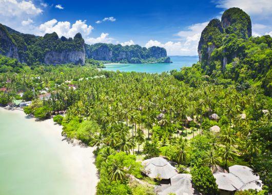 2 Wochen Phuket im 4* Hotel inkl. Frühstück, Flug und Transfer ab 778€