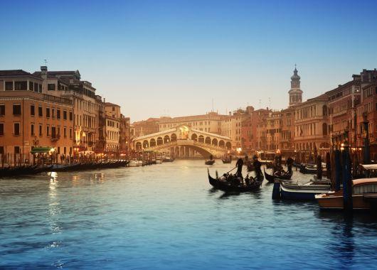 Venedig: 3 oder 4 Tage im guten 3* Hotel inkl. Flug und Frühstück ab 119€ pro Person