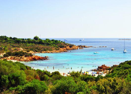 1 Woche Sardinien im guten 3*Hotel inkl. Flug und Frühstück für 356€ p.P.