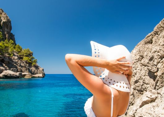 Single-Reise nach Mallorca: 1 Woche im Hostal inkl. Flug, Transfer, Rail & Fly und Frühstück ab 275€