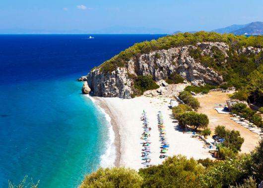 Ende Mai nach Samos ins 3*Hotel inkl. Flügen, Frühstück, Transfers und Rail&Fly ab 248€
