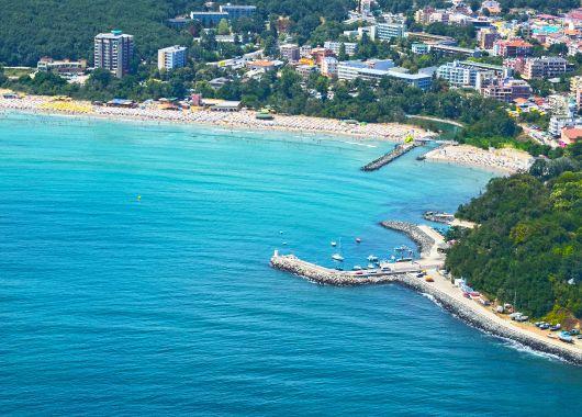 Lastminute: 7 Tage Bulgarien im 4,5* Strandhotel inkl. Frühstück, Flug & Transfer ab 295€