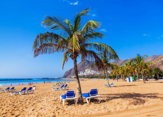 1 Woche Gran Canaria im Dezember: 3* Hotel inkl. Halbpension, Flug, Rail&Fly u. Transfer ab 456€