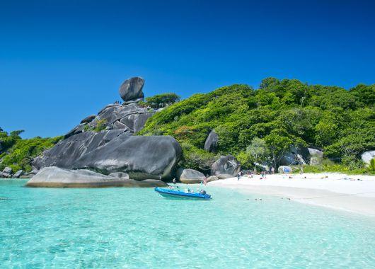Phuket: 13 Tage im 4* Hotel inkl. Flug, Transfers und Frühstück ab 674€