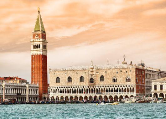 Venedig: 3 oder 4 Tage im guten 4* Hotel inkl. Flügen und Frühstück ab 129€ pro Person