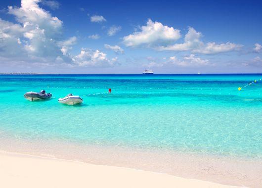 Formentera: 1 Woche im guten Hotel inkl. Flug und Frühstück ab 339€