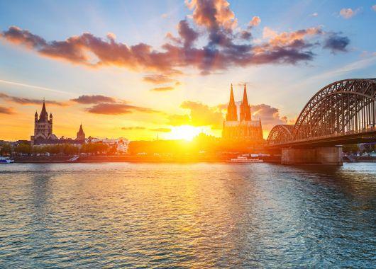 2 Tage Köln im 3* Hotel inklusive Frühstück und Tageseintritt in die Claudius Therme ab 75€