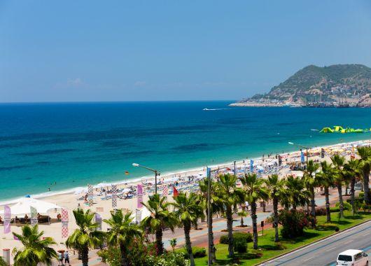 1 Woche Türkei im November: 4,5* Hotel inklusive Halbpension, Flug und Transfer ab 218€