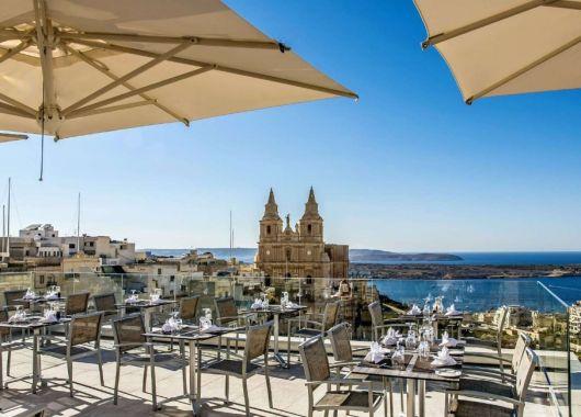 Malta im Juli: 1 Woche im 4* Hotel inkl. Frühstück, Flug, Rail&Fly u. Transfer ab 579€
