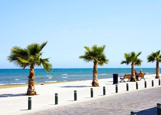 1 Woche Zypern im Dezember im 4*Hotel inkl. Flug und Halbpension ab 272€