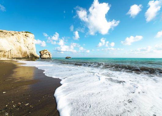 Januar – Februar: 1 Woche Nordzypern im 5* Hotel mit Halbpension, Flug und Transfer ab 263€