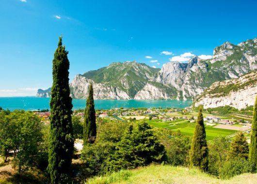 3 bis 8 Tage Gardasee: 4* Hotel inkl. Frühstück, Wellness und Wein- und Olivenölverkostung für 69€ p.P.