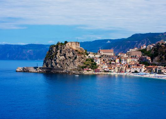 Italien: 1 Woche im beliebten 4*Hotel mit Frühstück und Flügen ab 313€