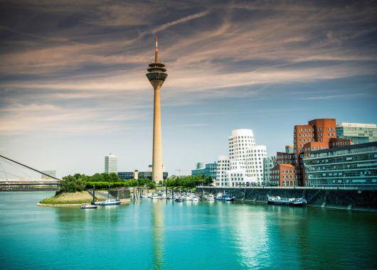 Düsseldorf: 3 Tage im 4* Hotel inkl. Frühstück, DüsseldorfCard und weiteren Extras ab 79€ pro Person