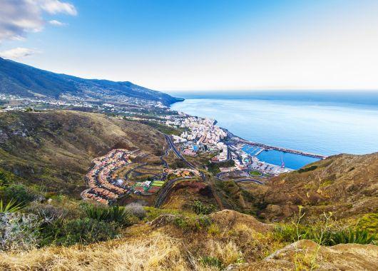 Gran Canaria im Dezember: 1 Woche im guten Hotel inkl. Flug, Transfer und Rail & Fly ab 279€