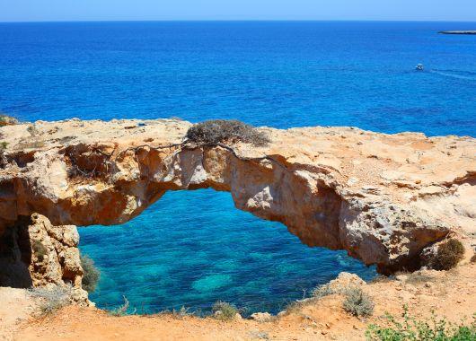 Zypern im Februar: 1 Woche im 4*Hotel mit Flügen, Transfers und Frühstück ab 233€