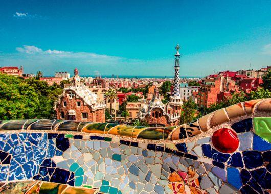 Barcelona: 3 bis 5 Tage im zentralen 3*Hotel mit Flügen und Frühstück für 139€