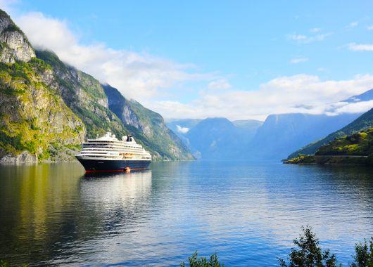 Herbst-Kreuzfahrt von der Adria nach Griechenland: 8 Tage auf einem 3*Schiff inkl. Vollpension für 349€