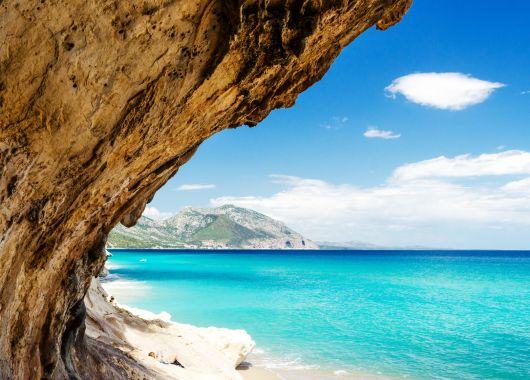 Sardinien: 1 oder 2 Wochen im 3*Hotel inkl. Frühstück und Flug ab 359€ im Mai/Juni